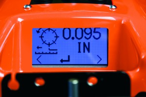 Some mowers allow superintendents to adjust frequency-of-clip (FOC) from a liquid crystal display (LCD) screen on the mower handle. Photo © Brian Hajas. Photo courtesy Jacobsen